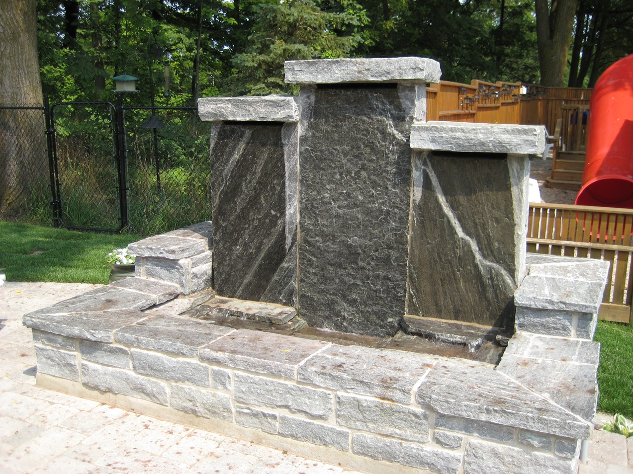 Fountains Amp Bubbling Rocks Colonial Brick Amp Stone Inc