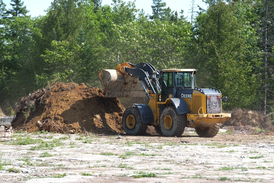 loader in quarry
