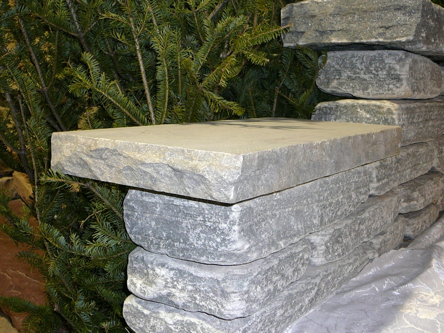 Weatheredge Limestone Coping with Rock-faced Edges