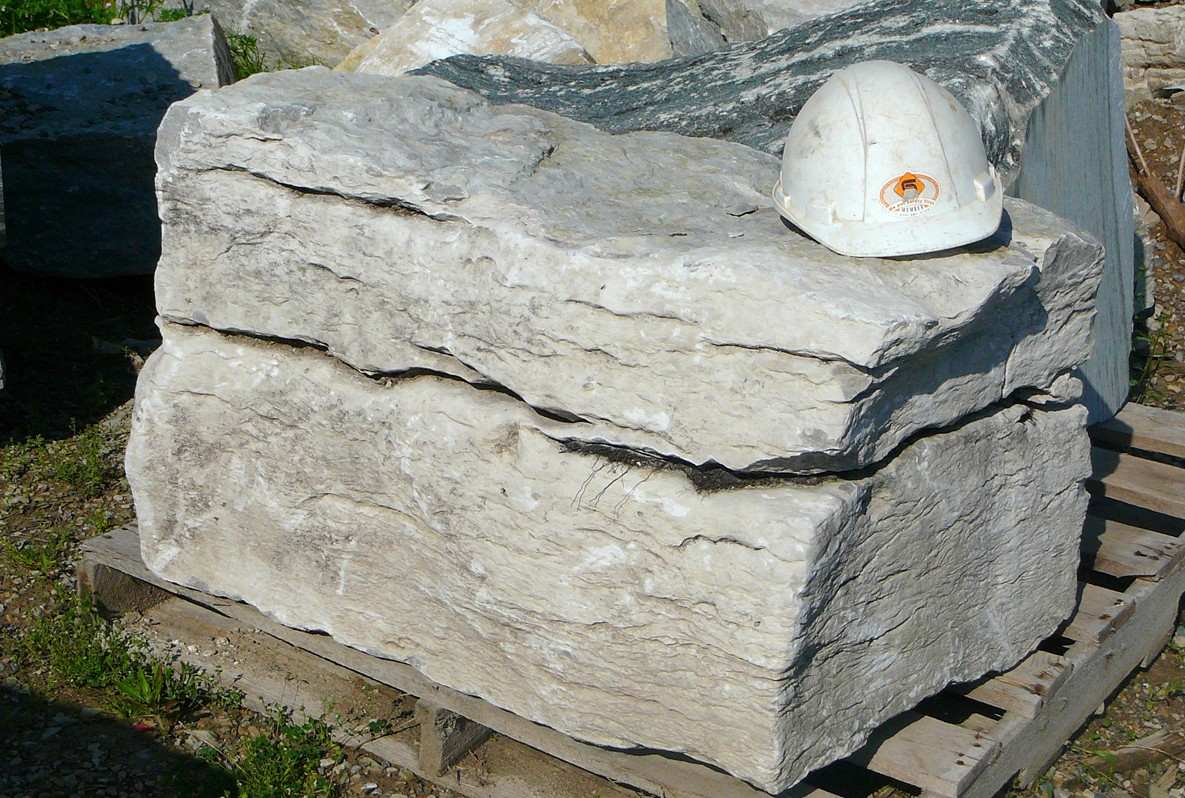 weatheredge limestone medium